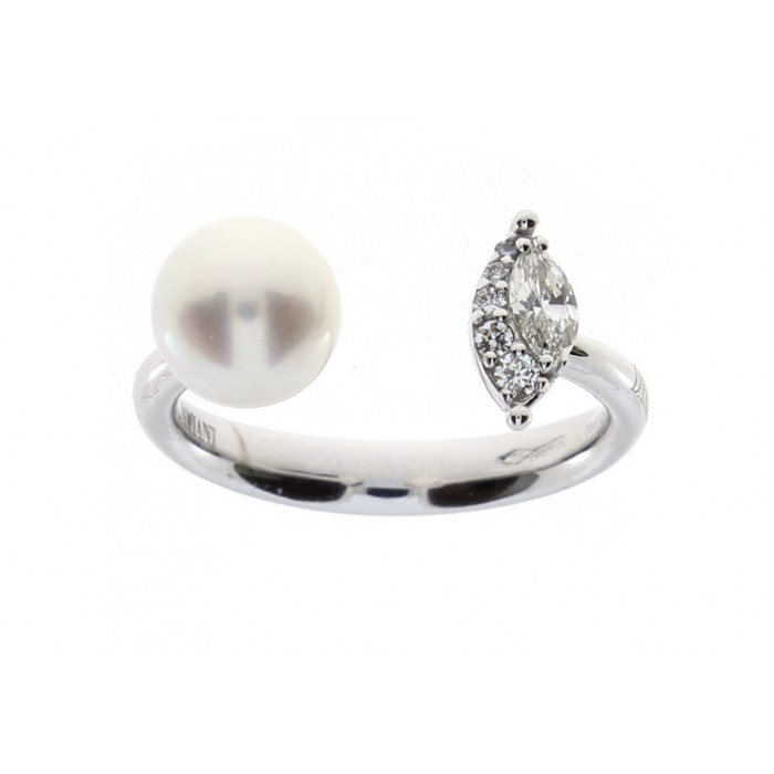 Anello Damiani Emozioni in oro bianco con perla e diamanti